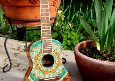 ukubebe ukulele peint